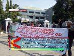 Para Aktivis Mahasiswa GRASI, Kembali Melakukan Unjuk Rasa.